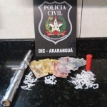 Polícia prende trio por tráfico de drogas